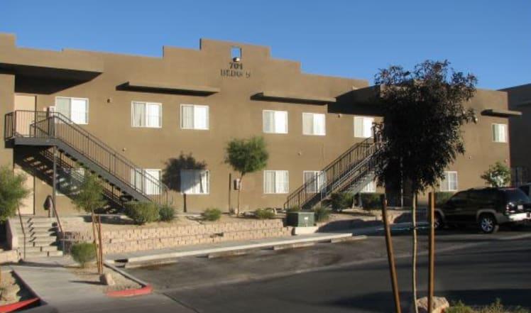 Apartment building at Maryland Villas in Las Vegas, NV