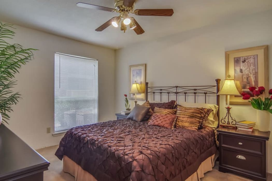 Resident bedroom at Crystal Bay in Webster, Texas