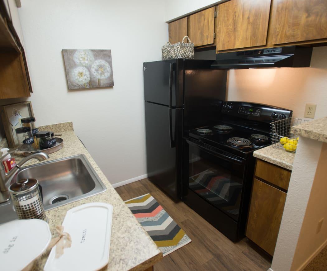 Kitchen at Cimarron Pointe Apartments in Oklahoma City, Oklahoma