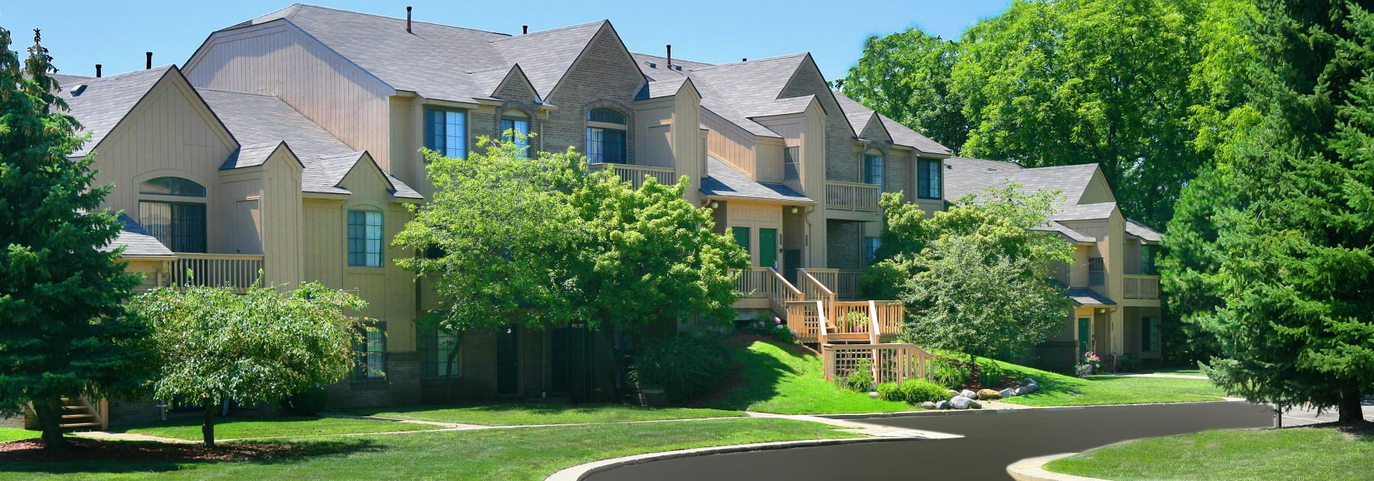 Saddle Creek Apartments in Novi, Michigan