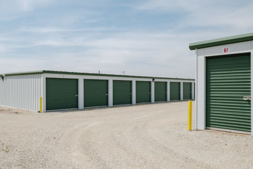 Easy access self storage units at StayLock Storage in Farmland, Indiana