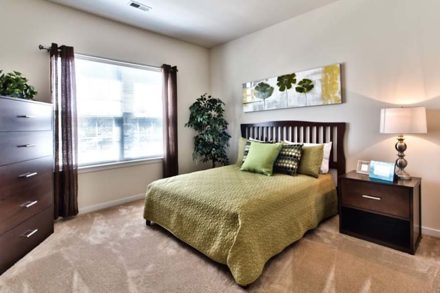 Large resident bedroom at Aventura at Richmond in Saint Peters, Missouri.
