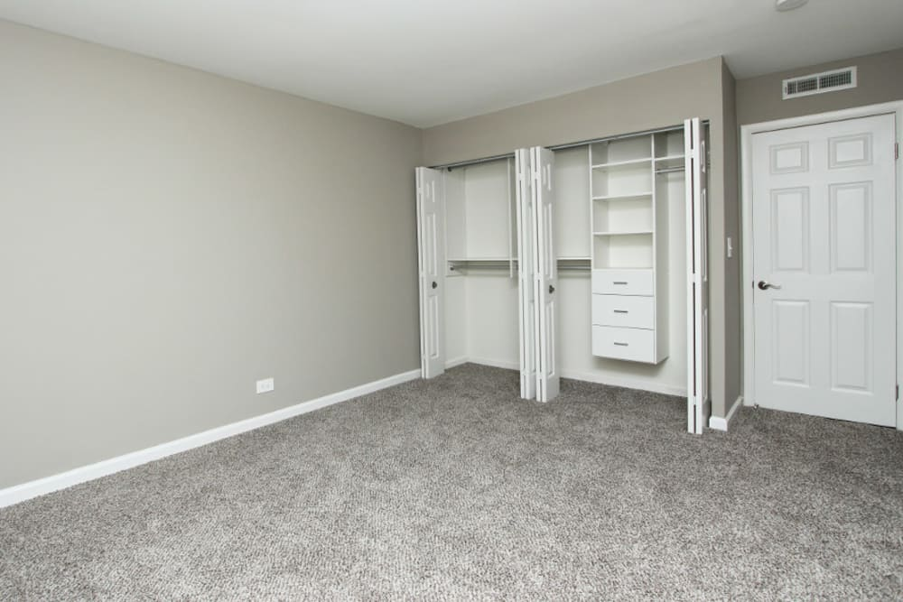Bedroom and closet at Cypress Place in Elk Grove Village, Illinois