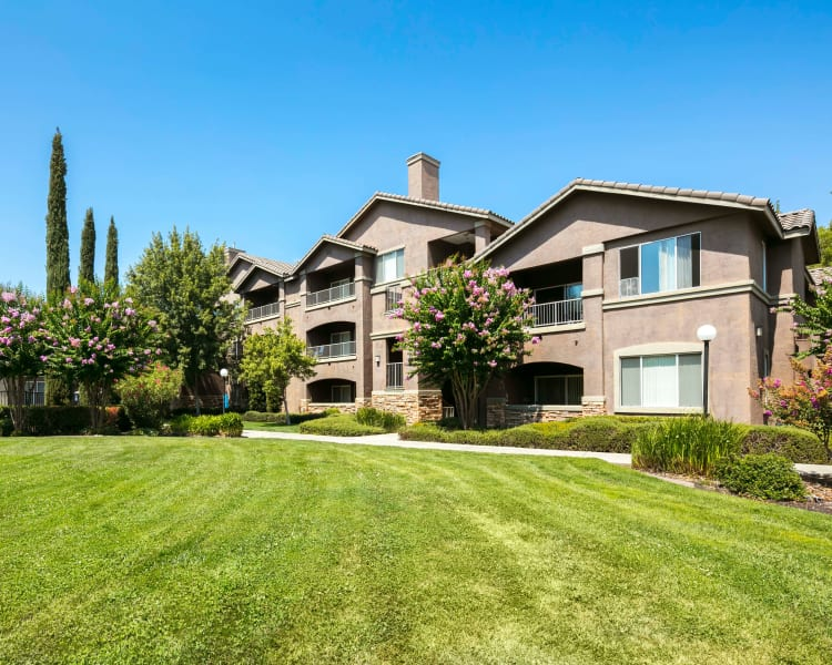 Click to see our photos at Miramonte and Trovas in Sacramento, California