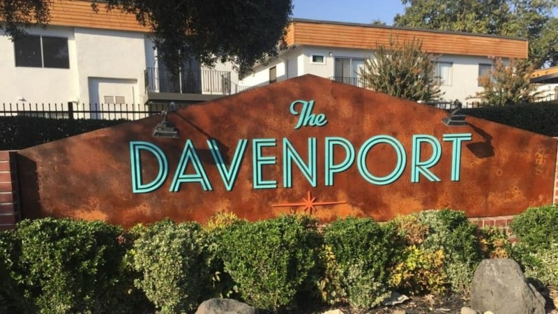 Front entrance to The Davenport in Sacramento, California