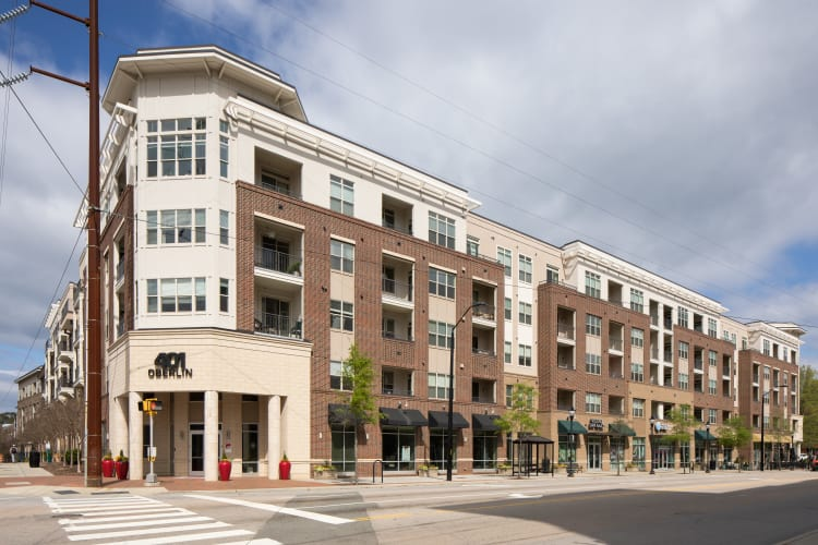 Exterior of 401 Oberlin in Raleigh, North Carolina