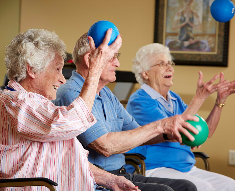 Residents playing a group game at Deer Crest Senior Living in Red Wing, Minnesota