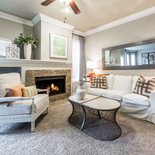 Flexible Lease Terms at Marquis at Stonegate in Fort Worth, Texas