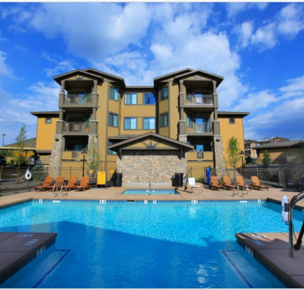 The community amenities here at Elevation Apartments will delight you!
