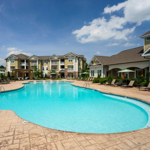 Inviting, resort-style swimming pool at Legends at White Oak in Ooltewah, Tennessee
