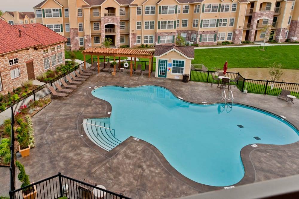 Swimming pool at Park at Mission Hills in Broken Arrow, Oklahoma