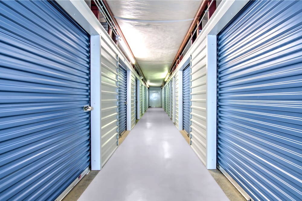 Indoor storage units Safe Storage in Nicholasville, Kentucky