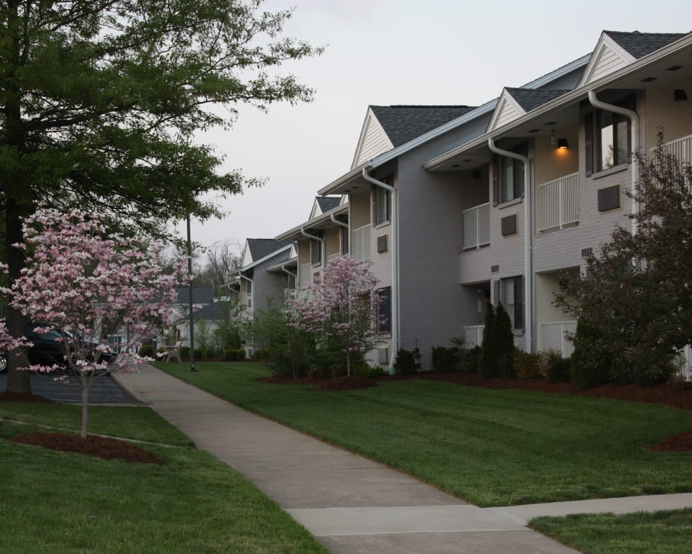 View of apartments and landscaping at Willow Creek Senior Living in Elizabethtown, Kentucky.