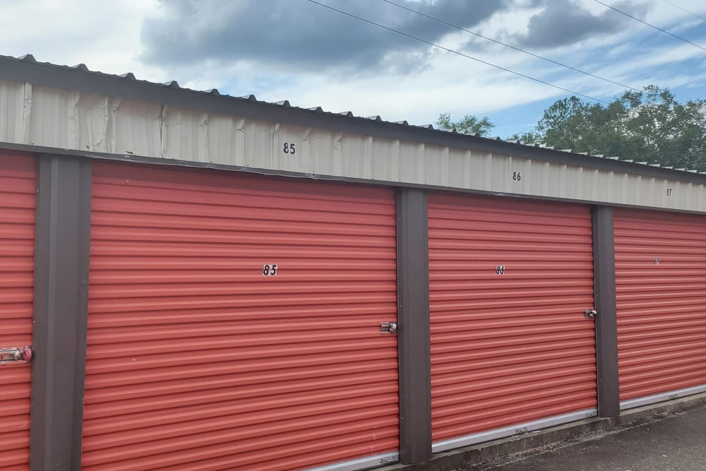 Exterior storage units at StayLock Storage in Leesburg, Georgia