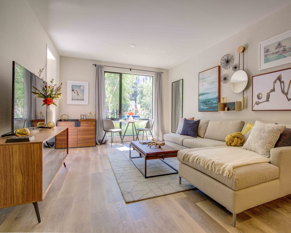 Bright and airy living room at Sofi Riverview Park in San Jose, California
