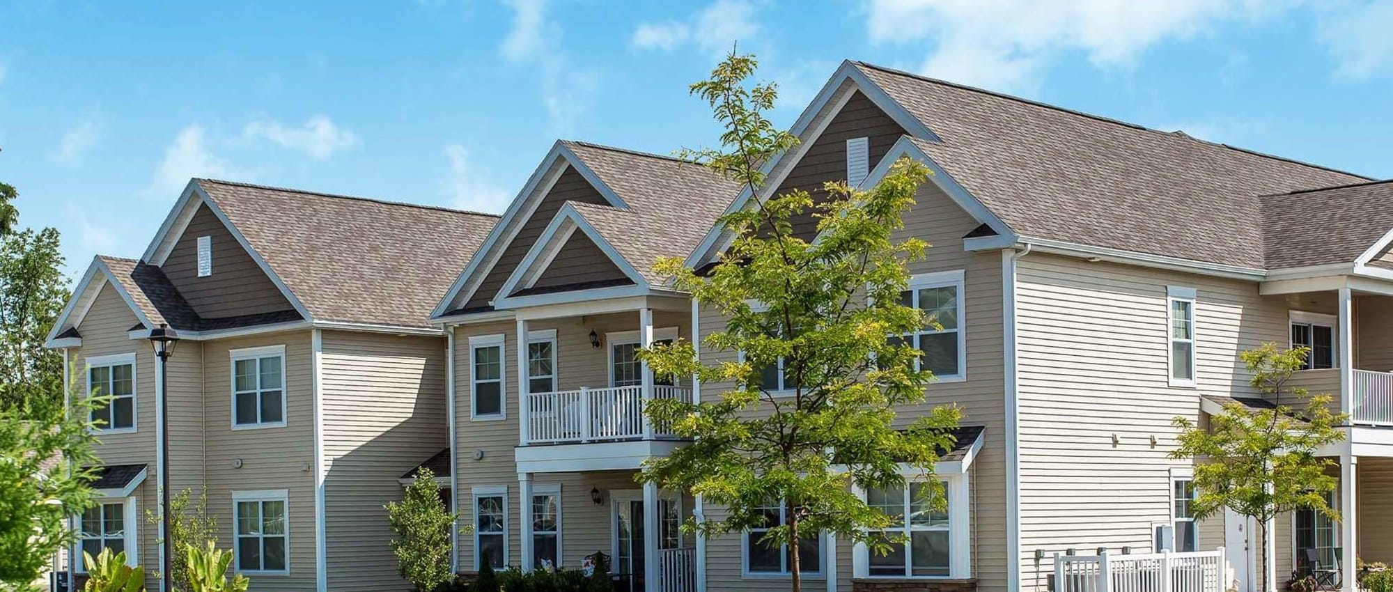Apartments at Canal Crossing in Camillus, New York