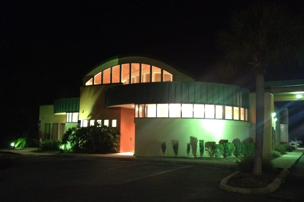 Nighttime exterior view at Animal Care Center of Panama City Beach in Panama City Beach, Florida