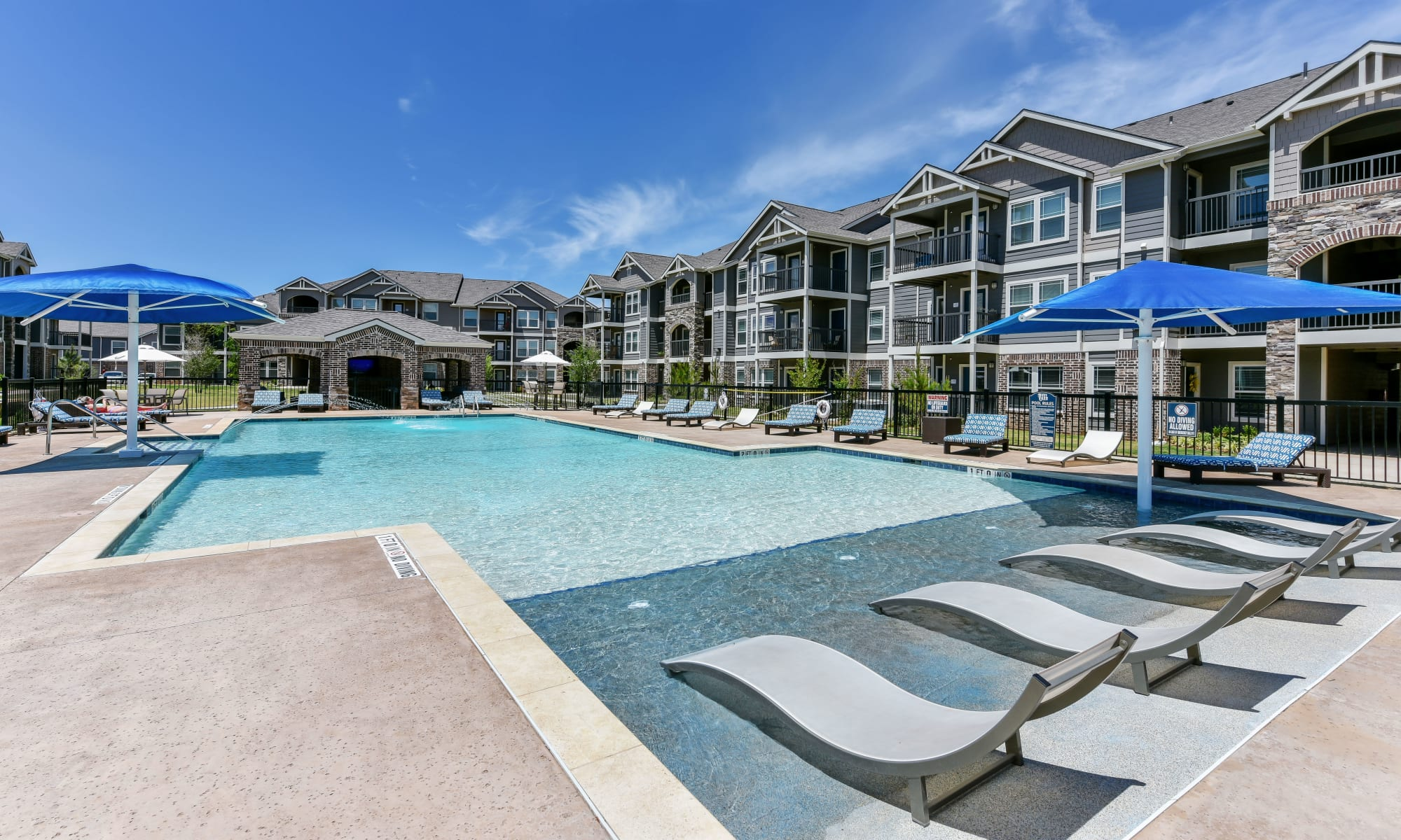 Cottages at Abbey Glen Apartments in Lubbock, Texas