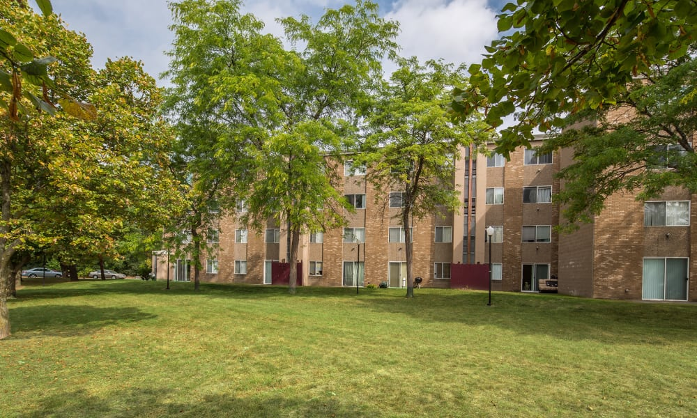 Apartments building and landscaping in Guilderland Center, NY