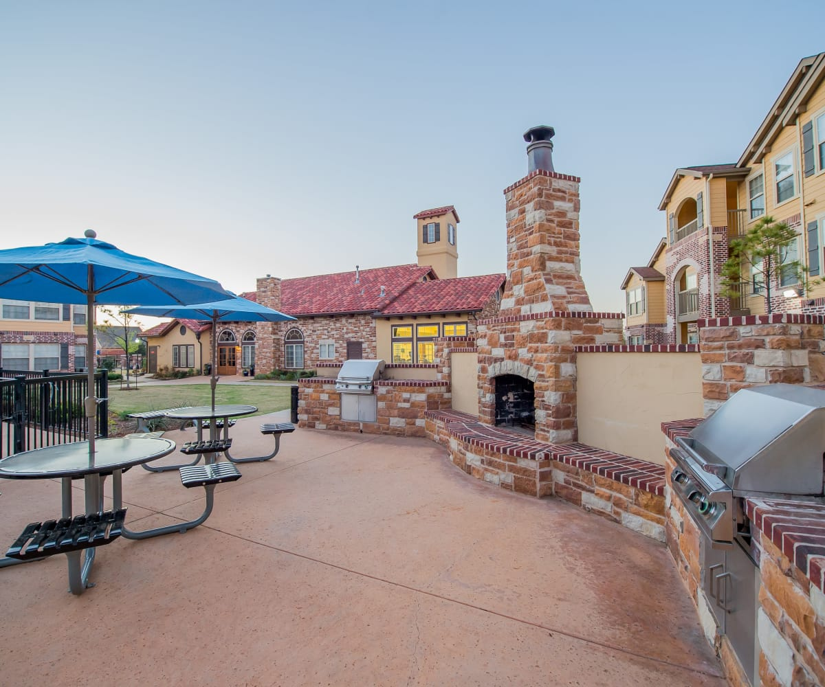 Grilling area at Villas at Canyon Ranch in Yukon, Oklahoma