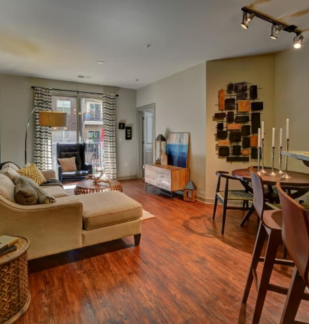 Apartment features at 401 Oberlin in Raleigh, North Carolina