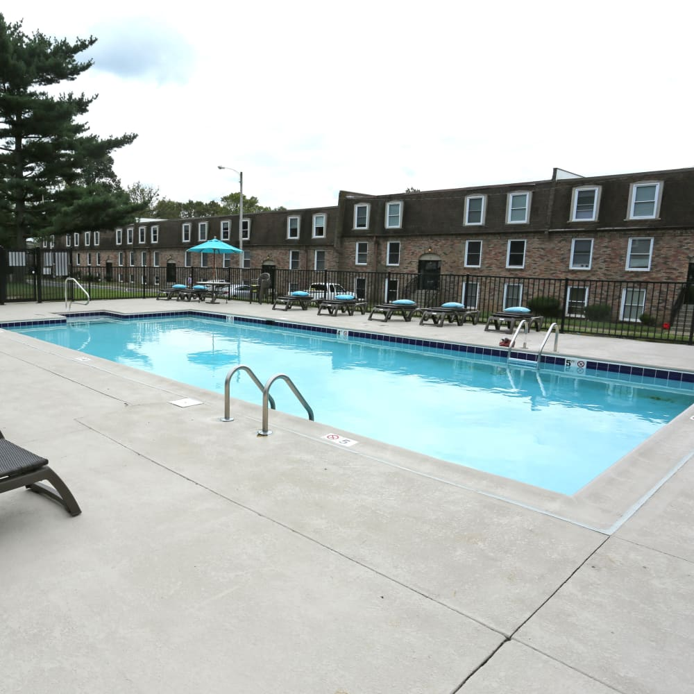A swimming pool with a large sundeck at Reserve at Lindsay in Louisville, Kentucky