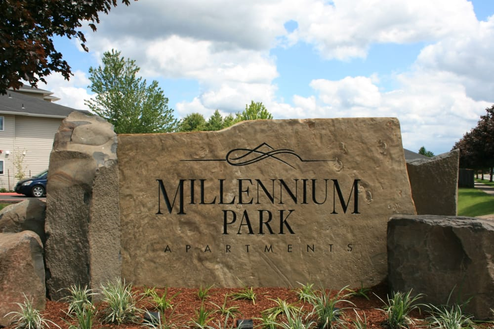 Front Sign of Millennium Park in Vancouver, Washington