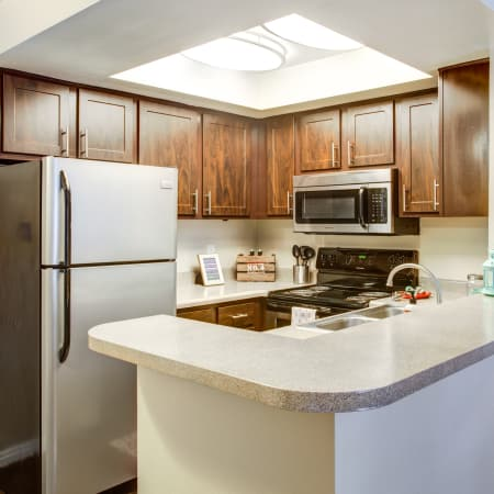 Royal Farms Apartments kitchen