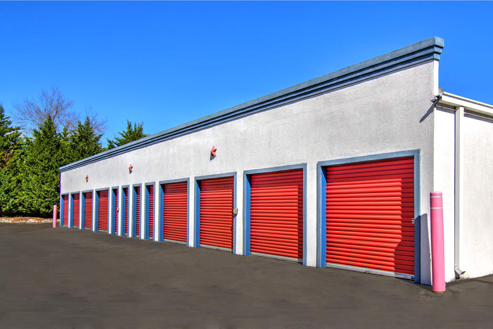 Drive-up units at Prime Storage in Cartersville, Georgia