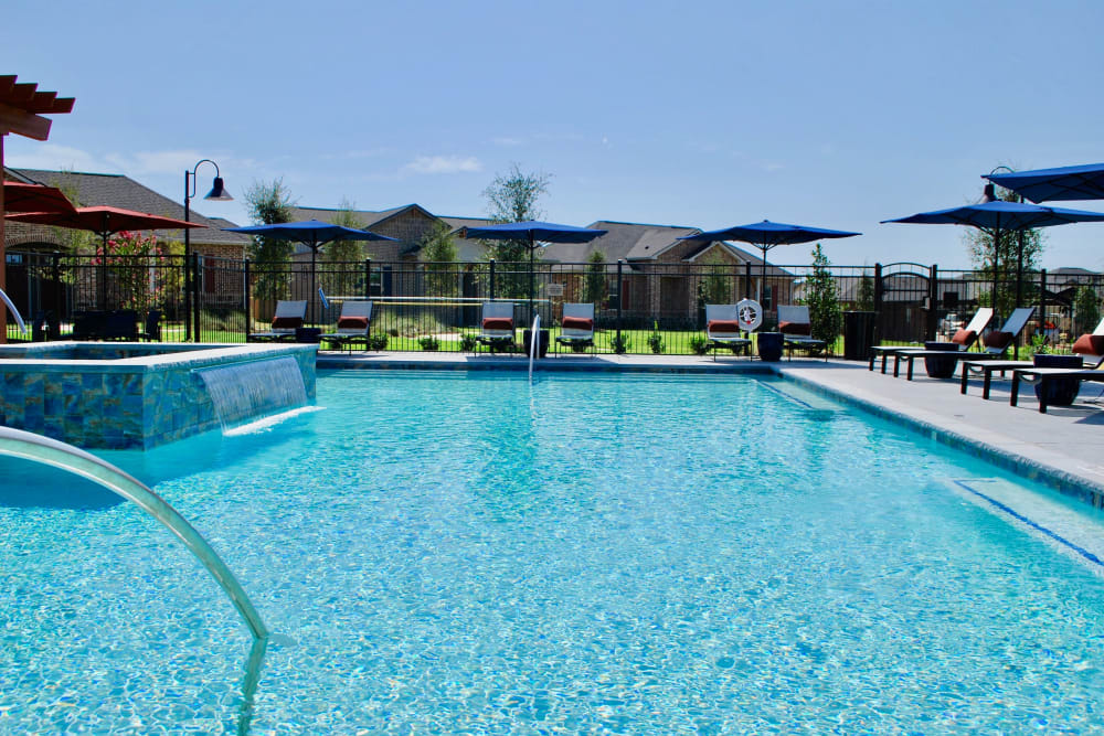 Pool at Avilla Heritage