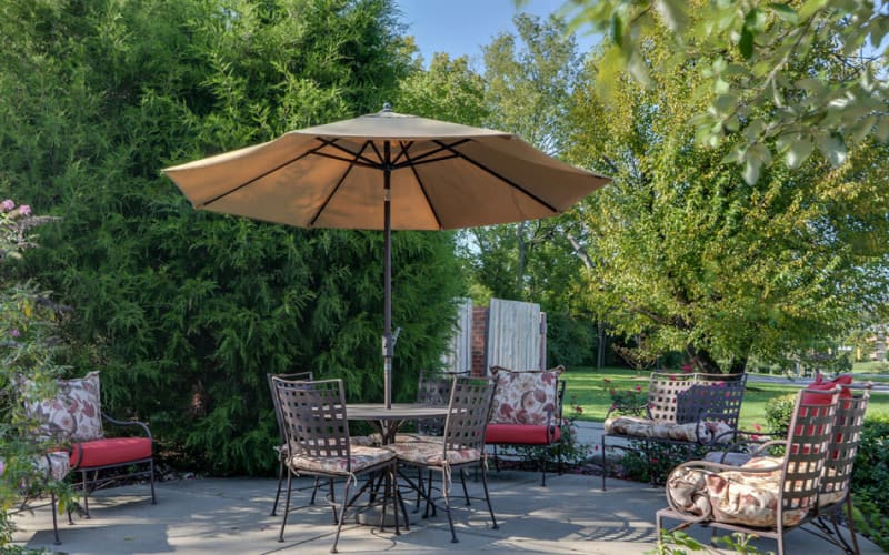 Outdoor patio with seating at Hickory Gardens in Madison, Tennessee