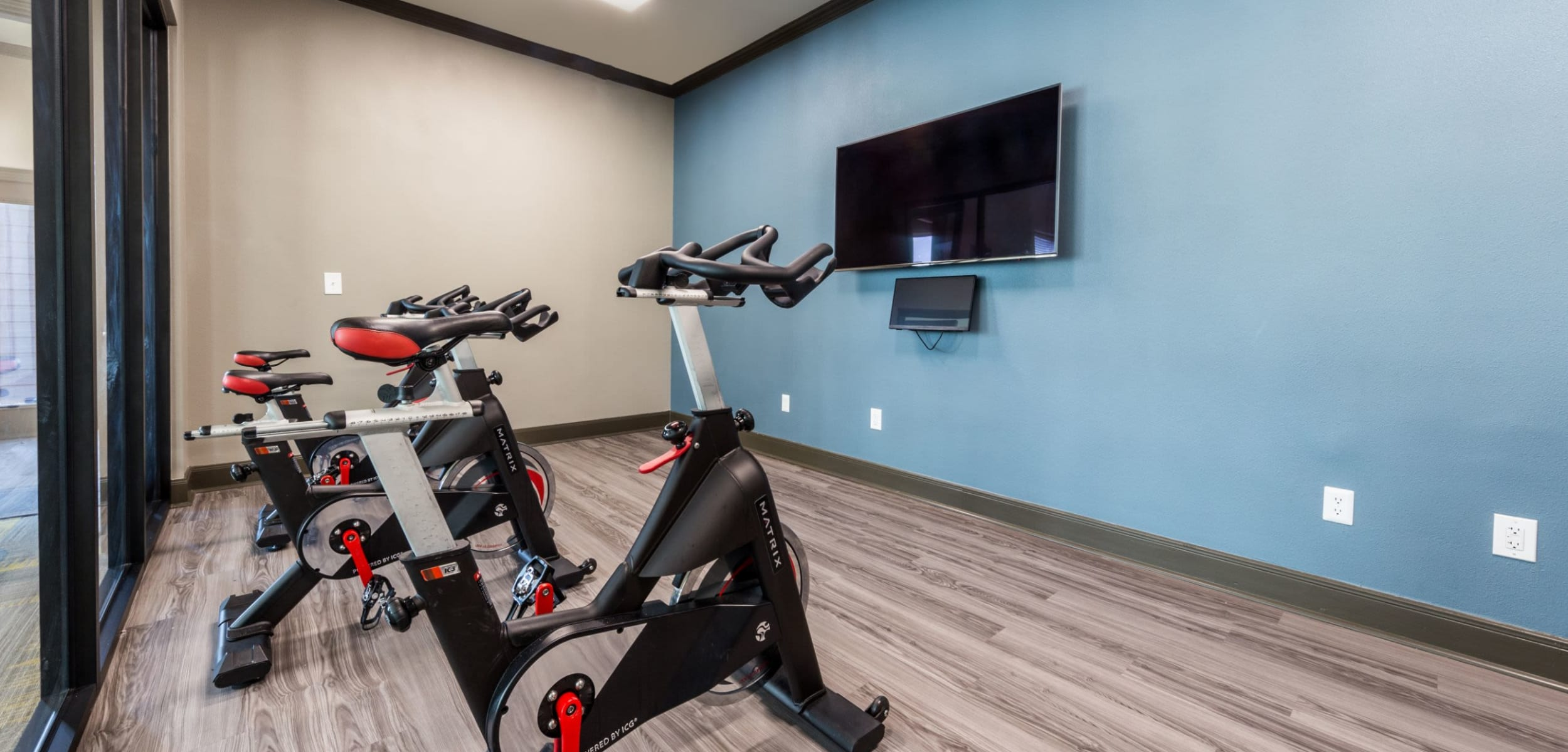 Spin cycle room at Marquis at Stonebriar in Frisco, Texas