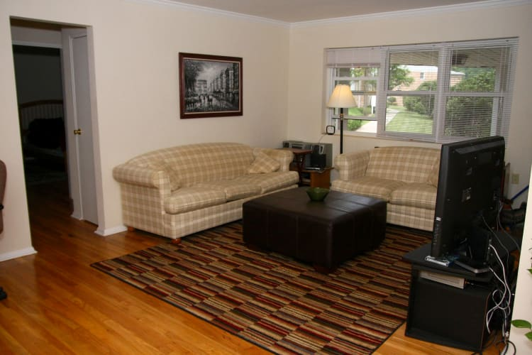 Model home living room at Pompton Gardens