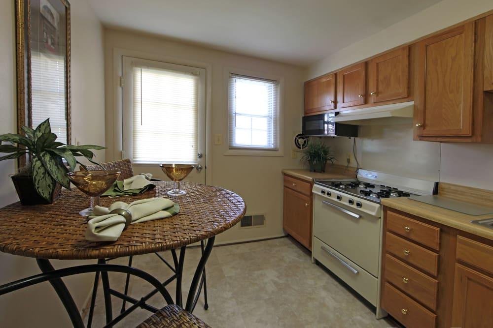 Open kitchen layout at Foxridge Townhomes in Essex, Maryland