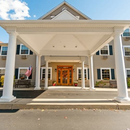 Tuxis Pond Senior living from Hearth Management
