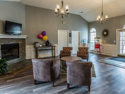 Spacious living room at Annandale Gardens in Olive Branch, Mississippi