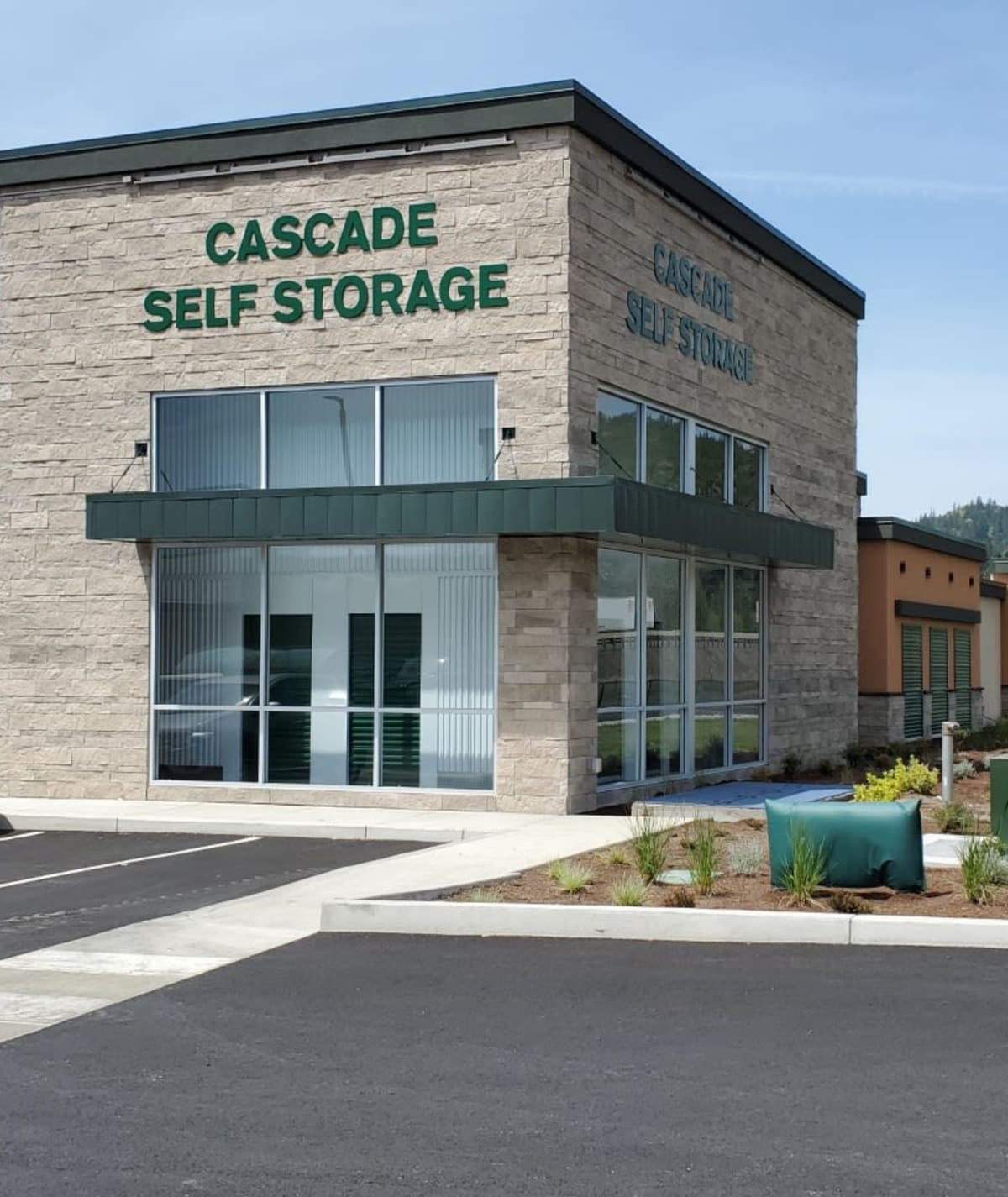 Reviews for Cascade Self Storage in Grants Pass, Oregon