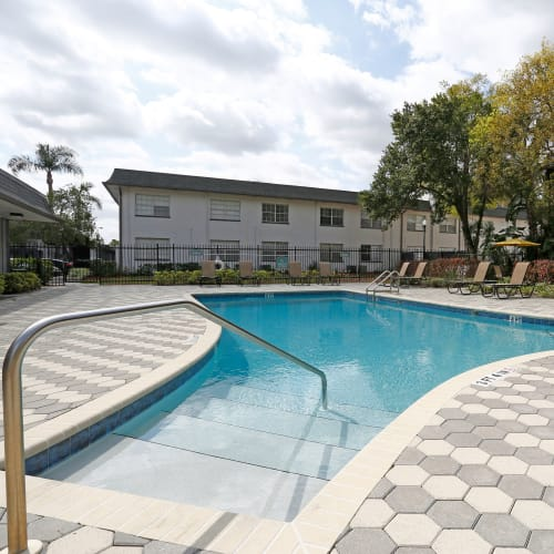 A swimming pool at Southern Cove Apartments in Temple Terrace, Florida