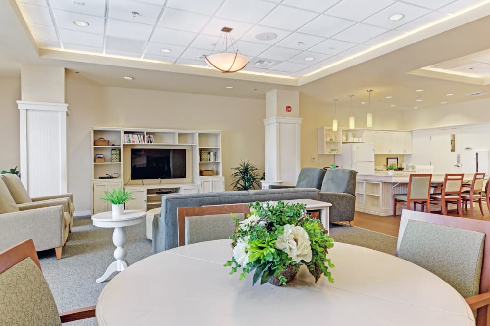 Living room at senior living in Lafayette