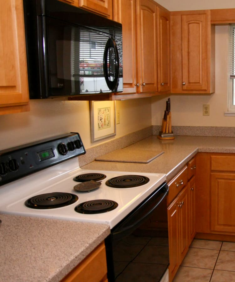Beautiful kitchen at Parkview Commons Apartments in Caldwell, NJ