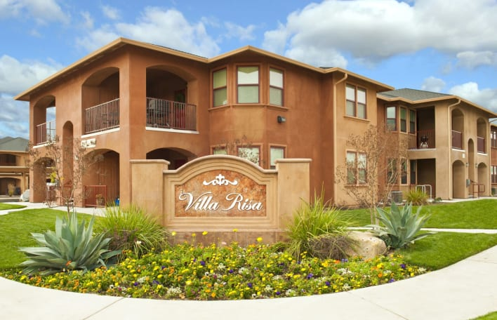 Villa Risa Apartments