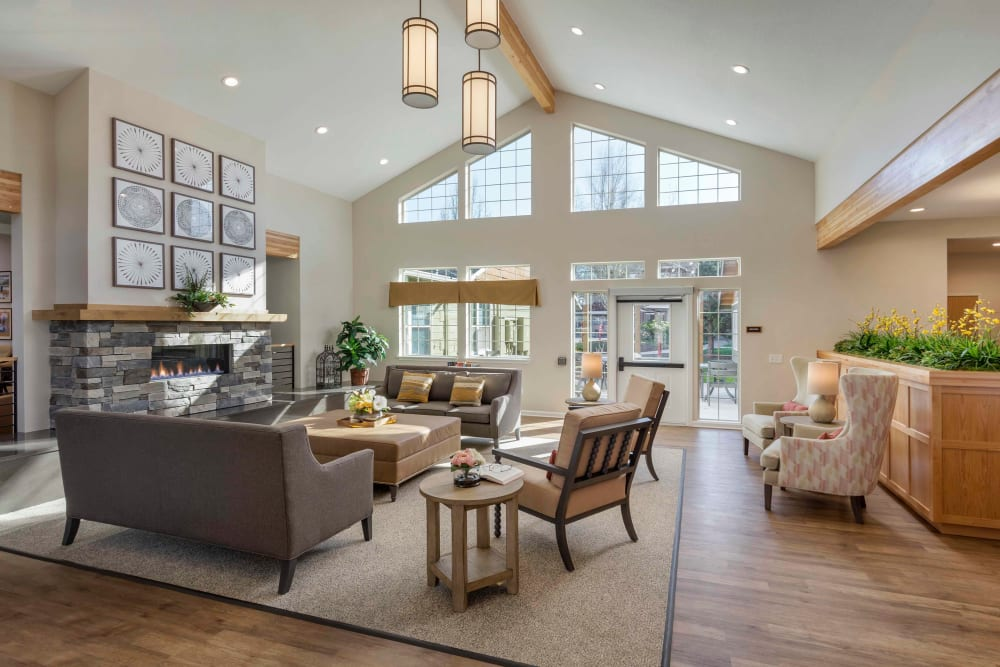 Large great room with the sun shinning in at The Springs at Clackamas Woods in Milwaukie, Oregon