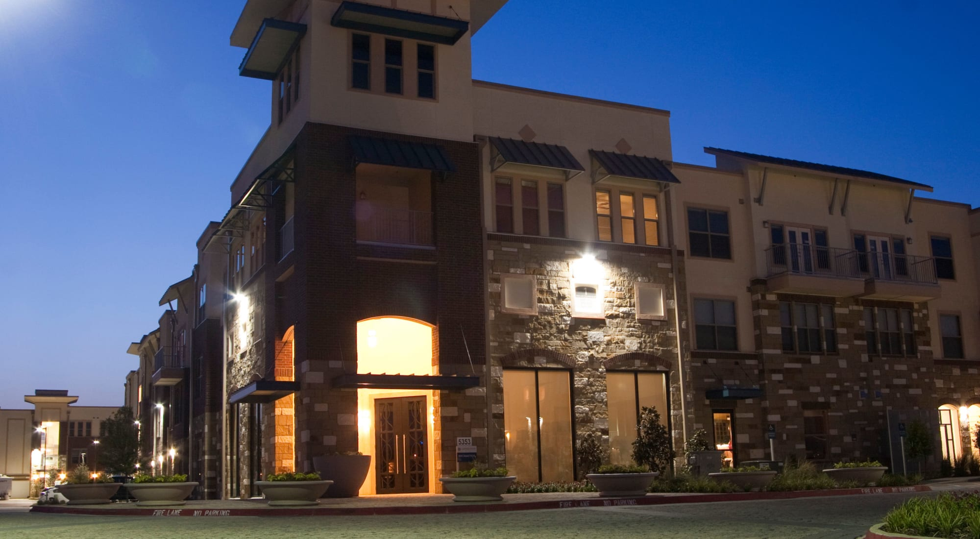 Las Colinas Irving TX Apartments