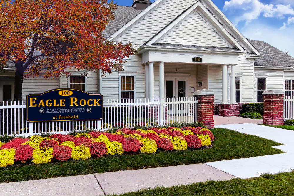 Exterior of Eagle Rock Apartments at Freehold in Freehold, New Jersey