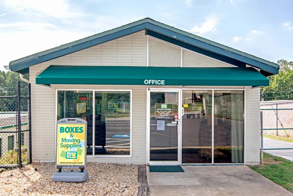 Office exterior view at Metro Self Storage in Mableton, Georgia