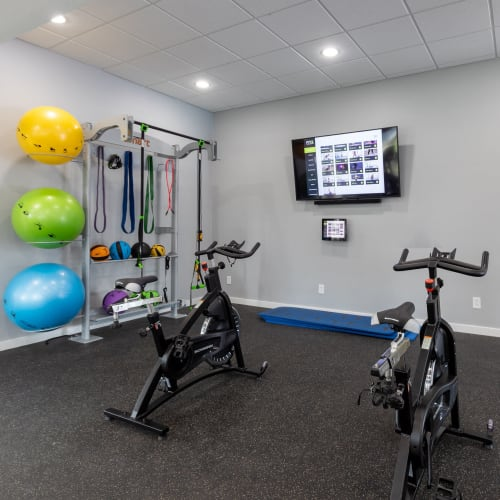 View virtual tour of the fitness center at The Gallery at Katy in Katy, Texas