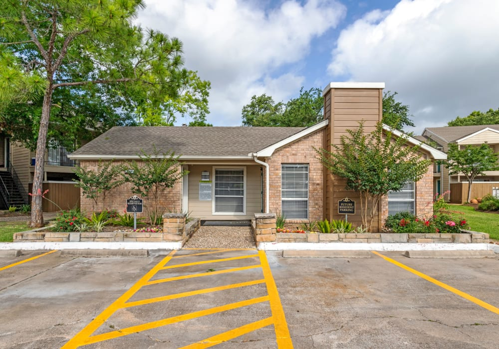 Riverstone Apartments in Bryan, Texas