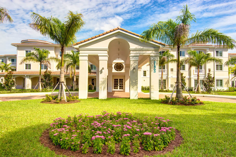 The front lawn and garden outside of The Meridian at Boca Raton in Boca Raton, Florida