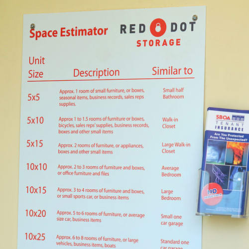 Unit size guidelines and information on tenant insurance at Red Dot Storage in Woodstock, Illinois
