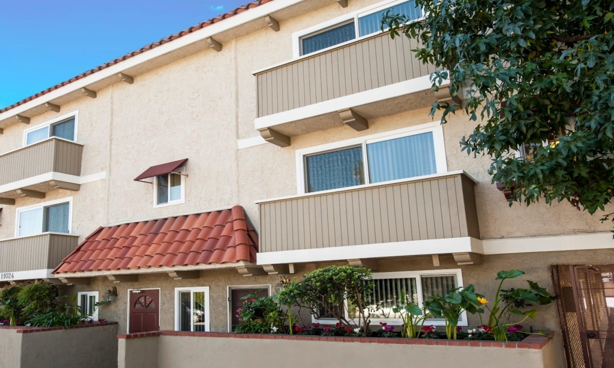 Apartments in Studio City, CA
